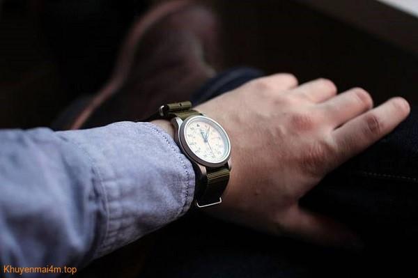 Những lý do cho thấy bạn cần sắm ngay một chiếc đồng hồ đeo tay - 1