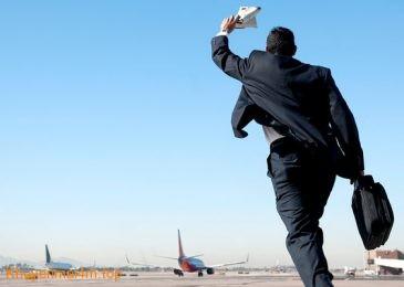 """4 điều """"Nhắc hoài vẫn quên"""" khi đi du lịch bằng máy bay"""