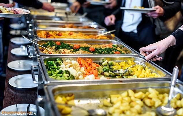 6-dia-chi-buffet-sang-chanh-nhat-sai-gon-ban-nen-biet-2