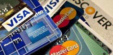 Tìm hiểu 2 loại thẻ tín dụng credit card và thẻ ghi nợ debit card