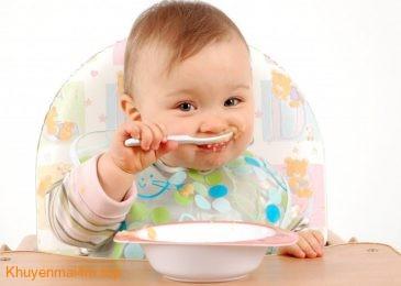 Mẹo nhỏ giúp trẻ 1-2 tuổi không biếng ăn