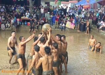 Tưng bừng lễ hội vật cầu nước ở Bắc Giang