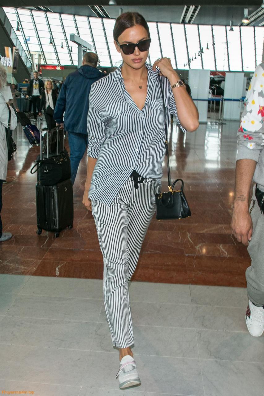 Những trang phục sân bay sành điệu của sao quốc tế