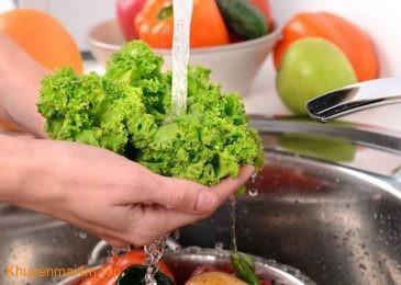Rửa rau loại trừ phần lớn thuốc trừ sâu bằng những mẹo này