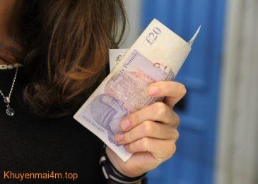 Thực tế thì có rất ít người sẵn sàng trả nợ thay cho bạn đời