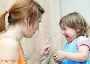 Cha mẹ hay chửi mắng làm con bớt thông minh hơn
